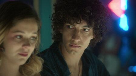 觀賞卡耶塔娜與瓦勒里奧。第 3 季第 3 集。
